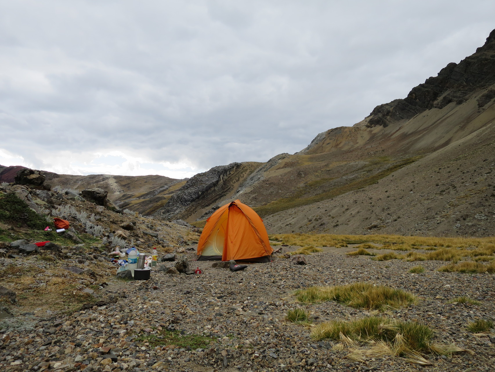 Unser Zelt an der oberen Laguna Tsacra
