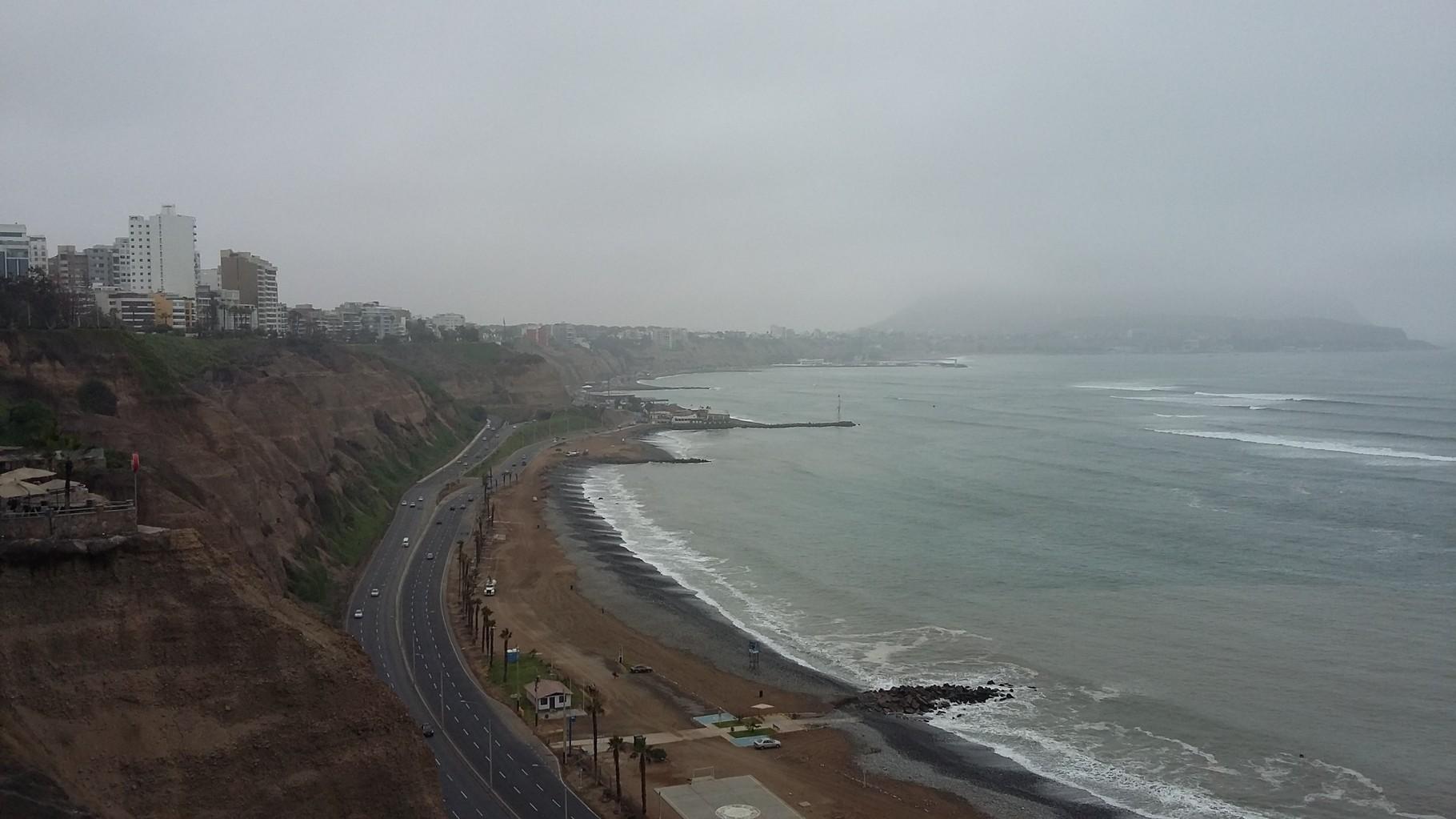 Küste von Lima (und Smog)