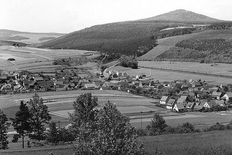Blick vom Hühnerbergwald nach Rothenkirchen