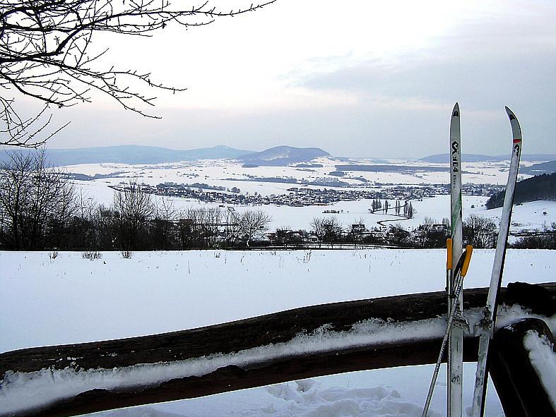 Blick von der Emberghütte auf Unteralba (Thüringen)
