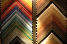 Holzrahmen in allen Farben