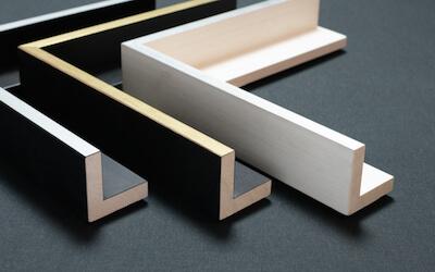 Schattenfugenrahmen Wien: Holz Oberkante Silber, Gold