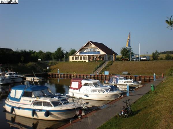 StPl Haldensleben Sportboothafen Mittellandkanal