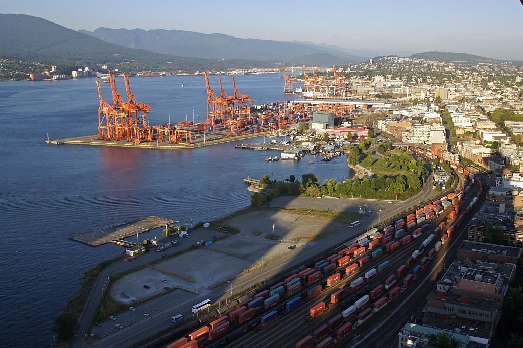 Blick vom Big Tower auf den Hafen, Vancouver