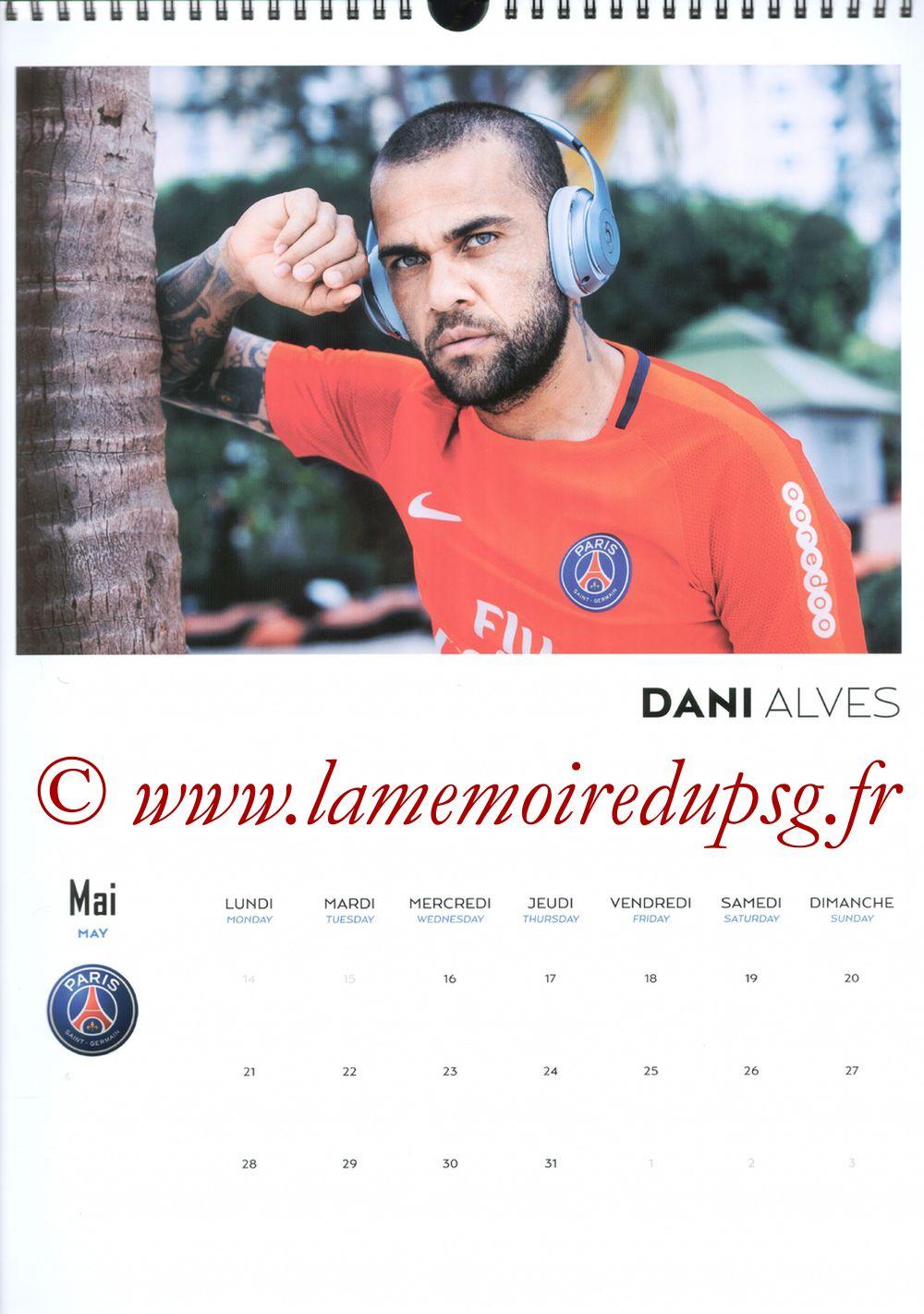 Calendrier PSG 2018 - Page 10 - Dani ALVES