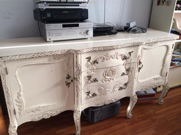Restauraciones de muebles antiguos pintores rosario for Muebles roldan