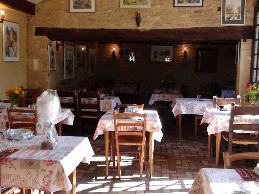 """La salle du restaurant """"Le Croquant"""""""