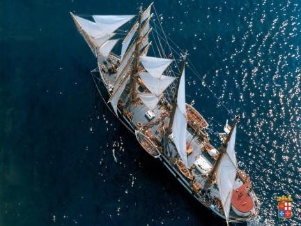 Nave Palinuro in navigazione