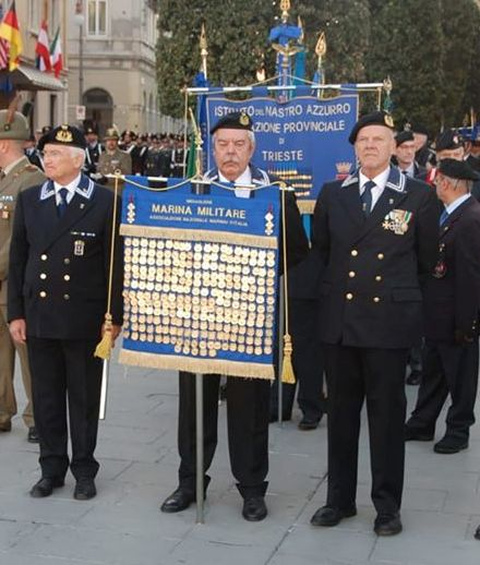 26 ottobre Piazza Unità Medagliere Nazionale .