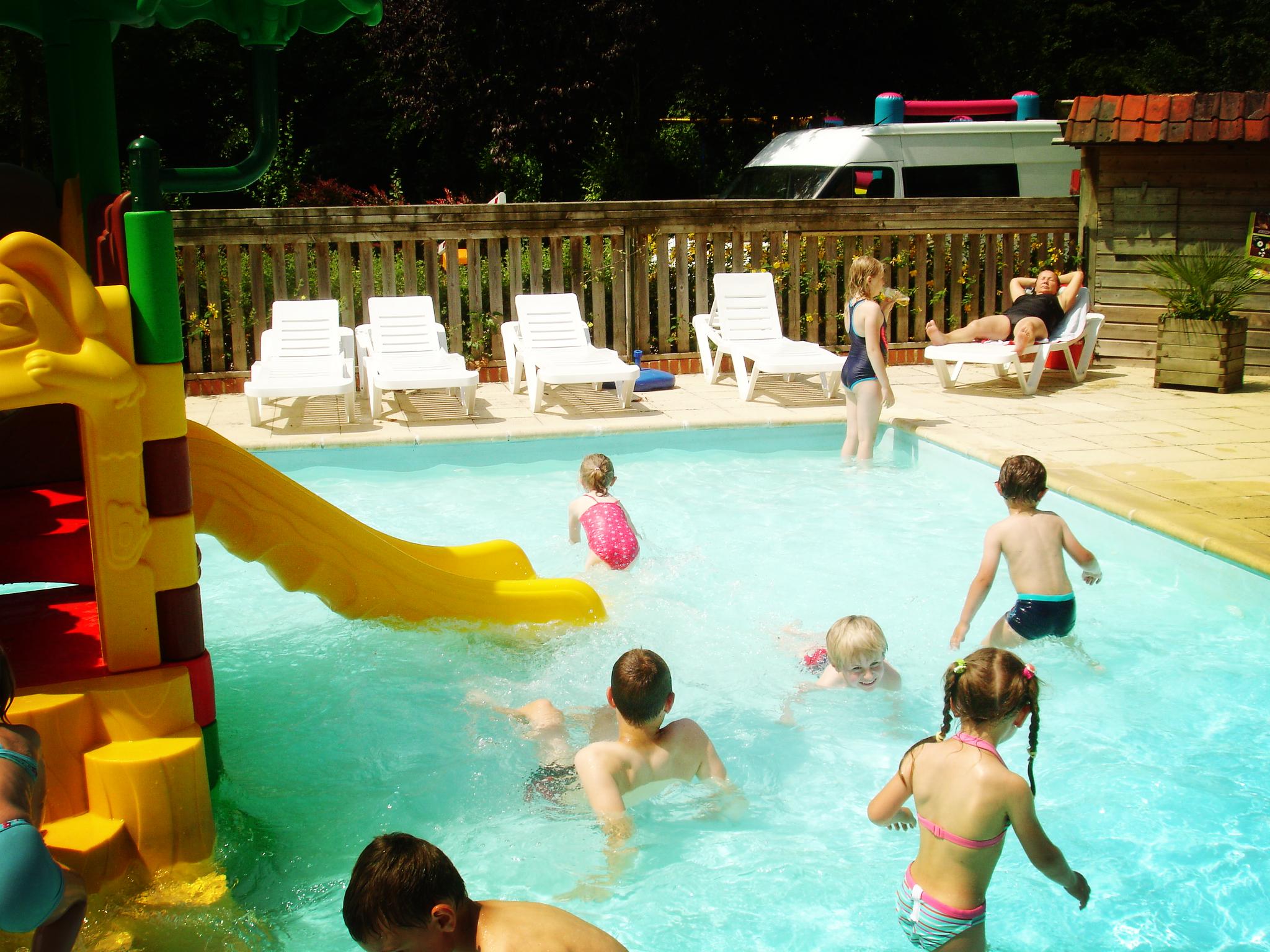 Réserver un séjour insolite avec parc aquatique pour les enfants