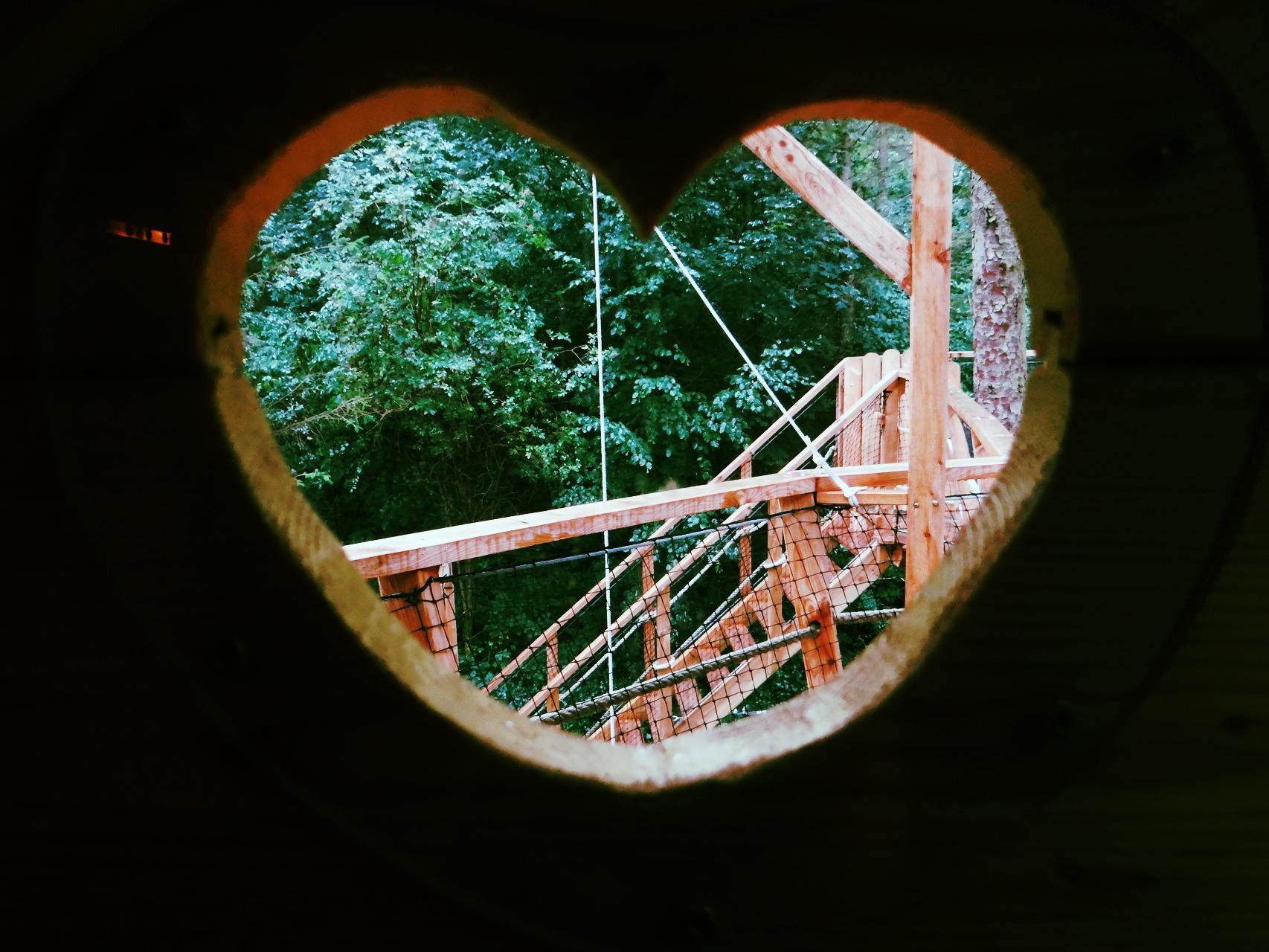 Réserver un séjour insolite dans la cabane romantique en Baie de Somme
