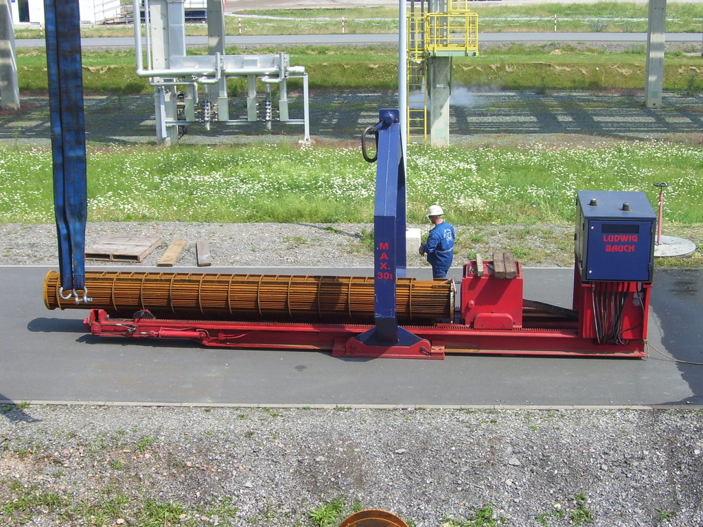 Kranhängendes Bündelziehgerät - Aerial Tube Bundle Extractor