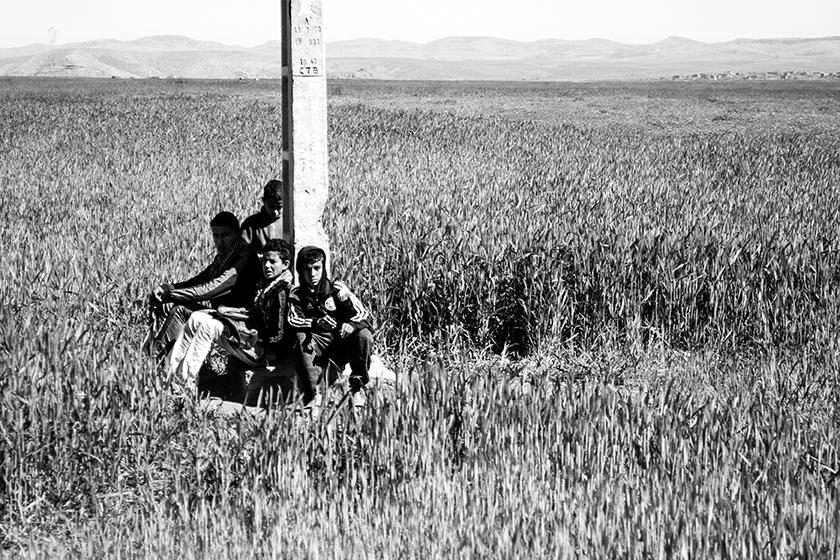 giovani in mezzo al nulla - Marocco