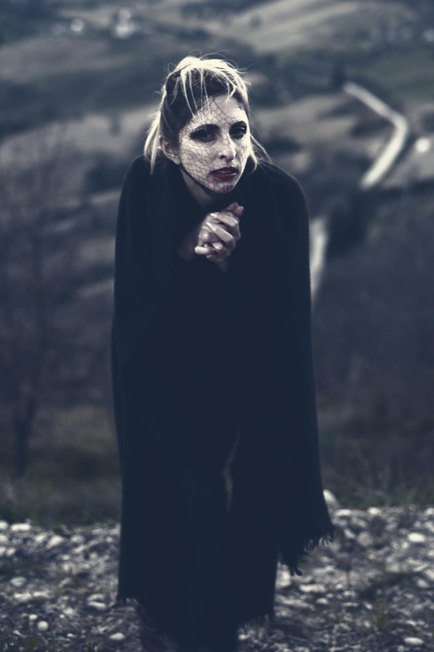 Elisa - creatura delle tenebre