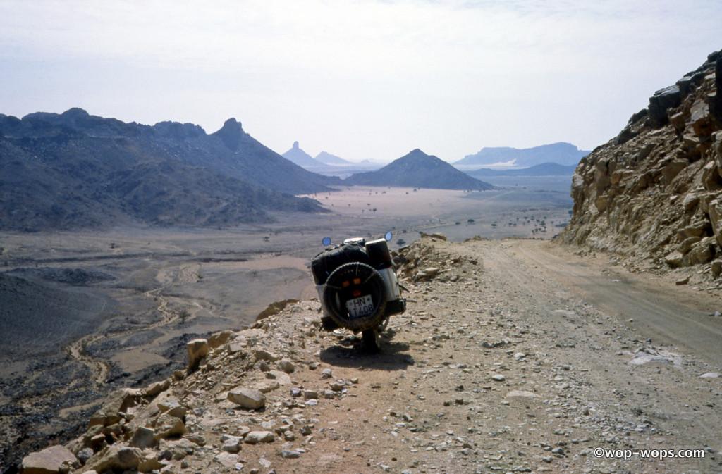 Plateau Fadnoun, Algeria, 1985
