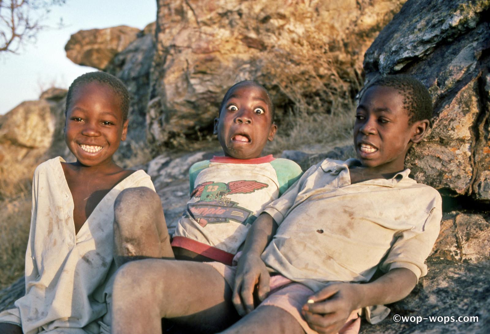 tour guides Hombori, Cameroon, 1995