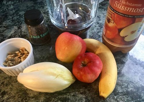 Mixer, Apfelsaft, Nüsse, Äpfel, Banane, Salat, Chicorée, Chia Samen