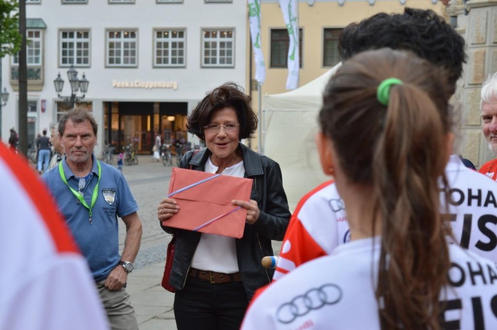 Begrüßung durch die Bürgermeisterin in Lüneburg