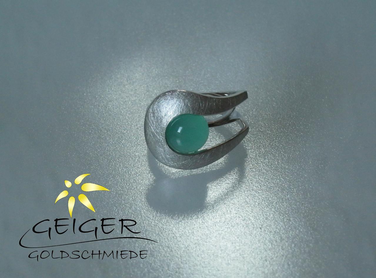 Geiger Goldschmiede Mainz Silberring mit Stein Goldschmiedekunst in formvollendung