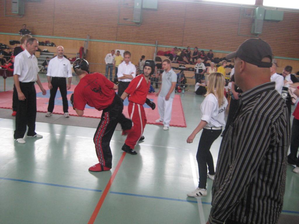 Kayhan Gülmez TEAM JADE KRIEGER MANNHEIM Omnis Fight Gym die Kampfsportelite aus Mannheim Team Jade Krieger Trainer Kayhan Gülmez Kickoxen, Muaythai, Kung-Fu, Capoeira, Karate, MMA,Boxen
