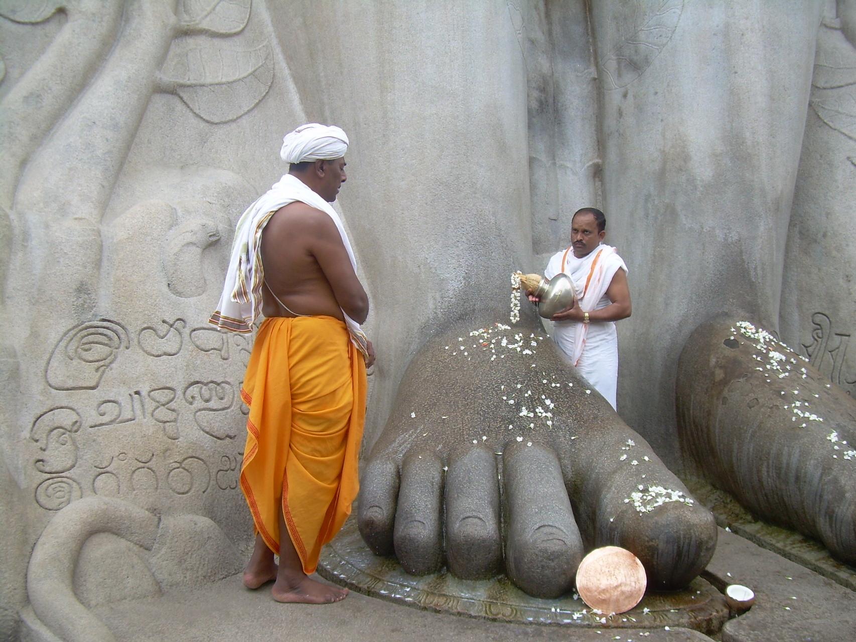 Puja - Sravanabelagola - Inde 2013