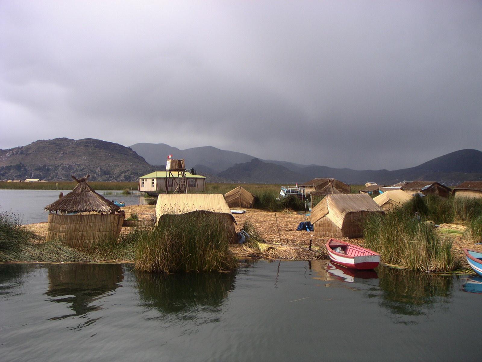 Titicaca, Schwimmende Insel