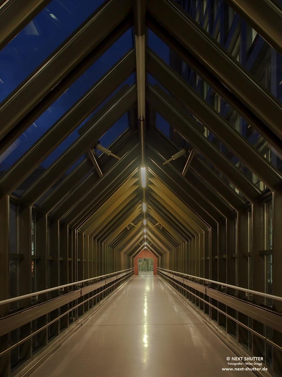Korridor zum Herzzentrum in der Universitätsklinik Eppendorf