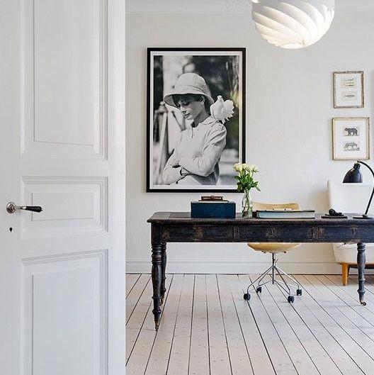 4 conseils pour un bureau feng shui less and more. Black Bedroom Furniture Sets. Home Design Ideas