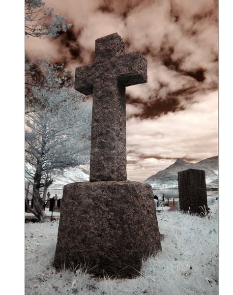Old Cemetery, Loch Leven, Eingang zum Glen Coe, Highlands III (Infrarot)