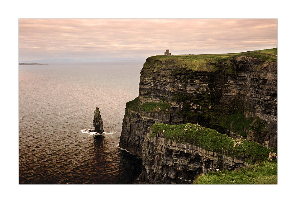 Cliffs of Moher / County Clare