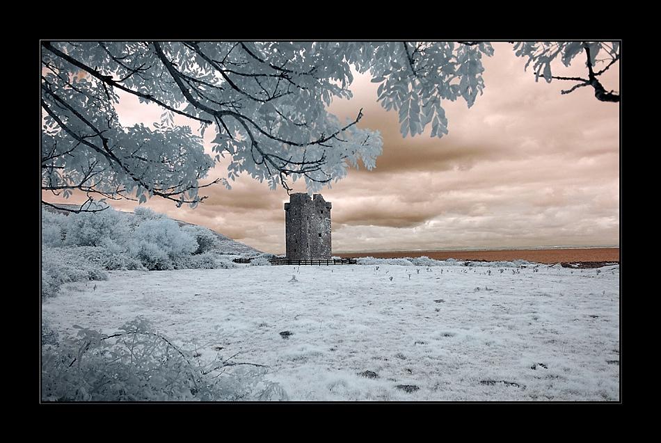 Gleninagh Castle / County Clare (Infrarot)