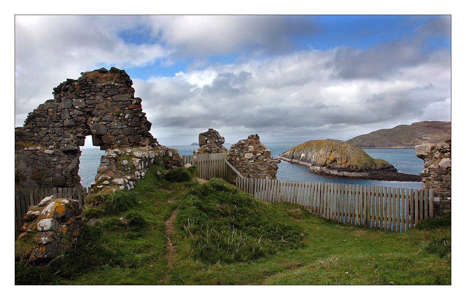 Duntulm Castle - Trotternish / Isle of Skye II
