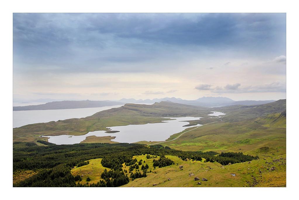 Blick vom Old Man of Storr über die Isle of Skye
