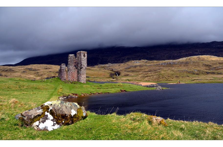 Ardvreck Castle, Loch Assynt, Sutherland, Highlands IV