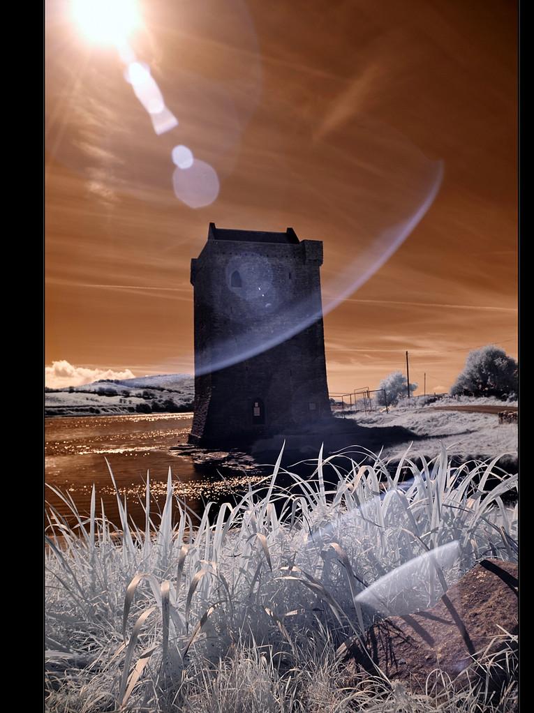 Rockfleet Castle / County Mayo III (Infrarot)