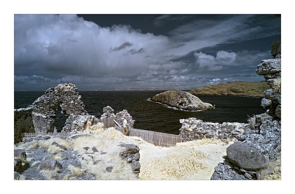 Duntulm Castle / Trotternish - Isle of Skye IV (Infrarot)