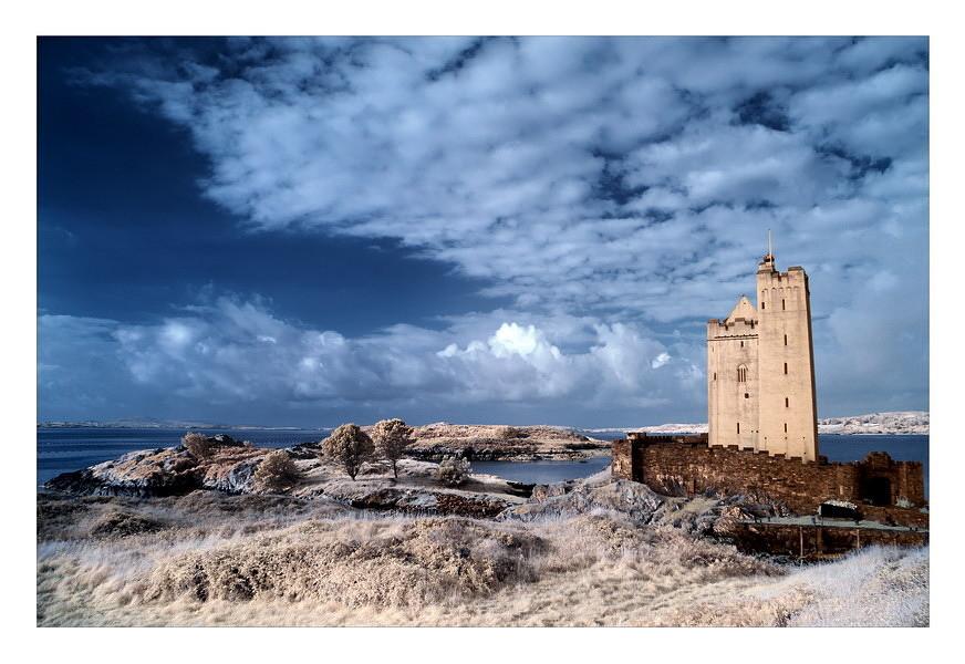 Kilcoe Castle / Southwest of County Cork VII (Infrarot)