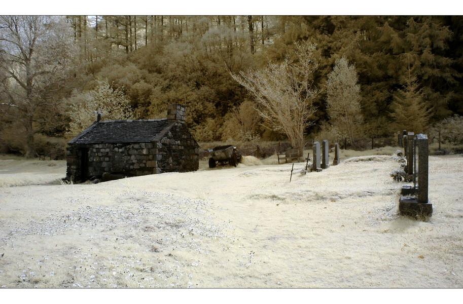 Old Cemetery, Loch Leven, Eingang zum Glen Coe, Highlands IV (Infrarot)