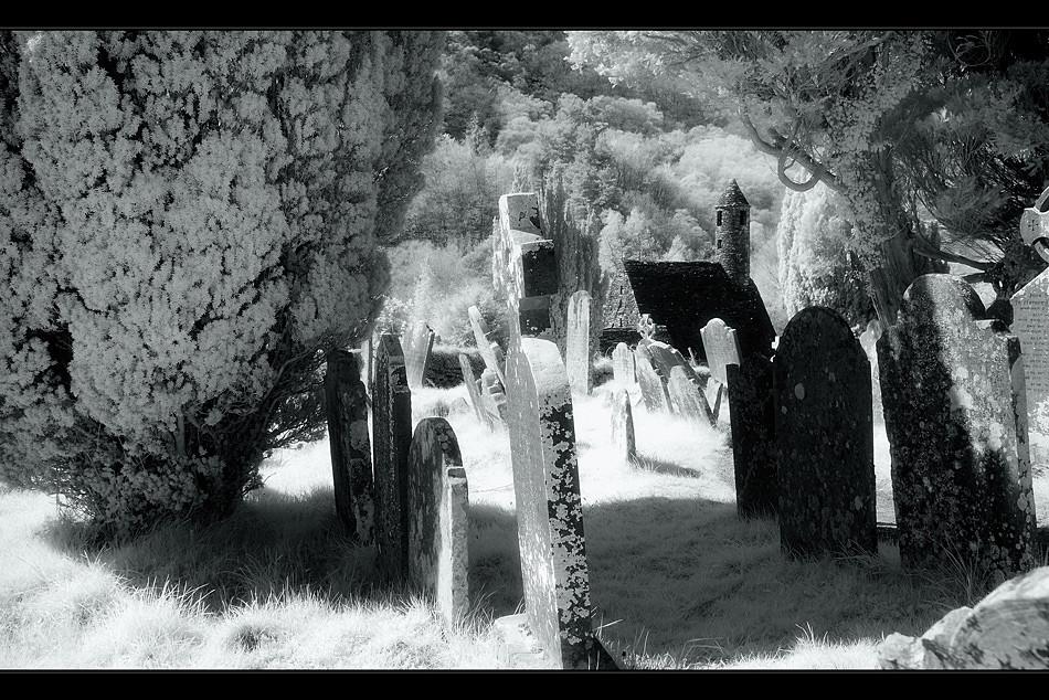 Glendalough / Wicklow Mountains III (Infrarot)
