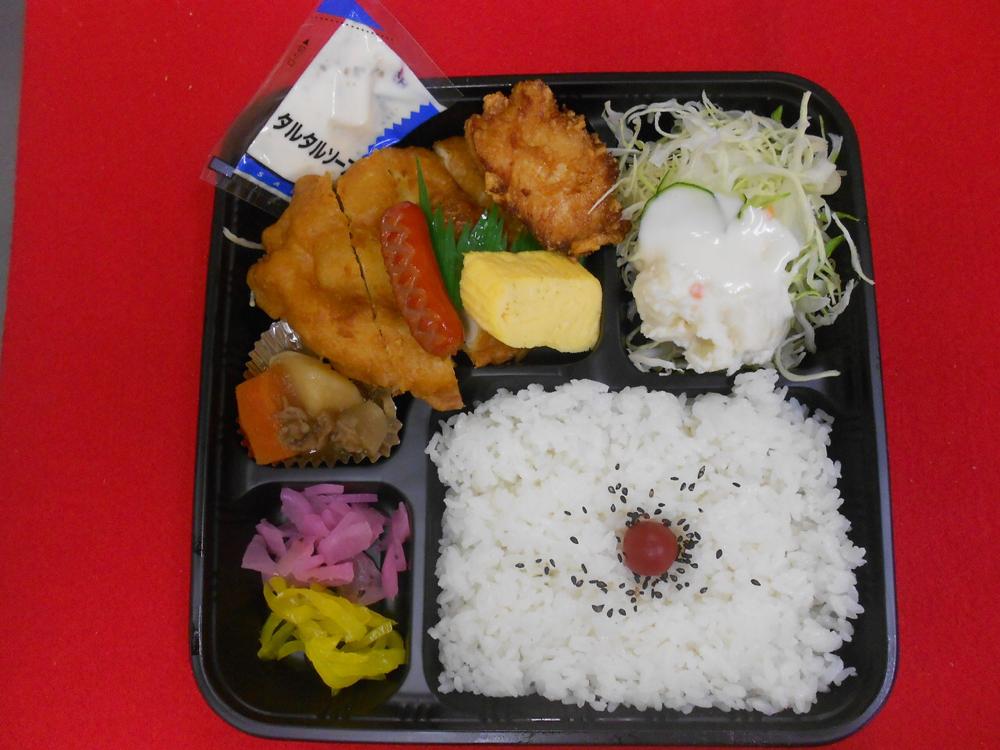 チキン南蛮DX弁当 620円