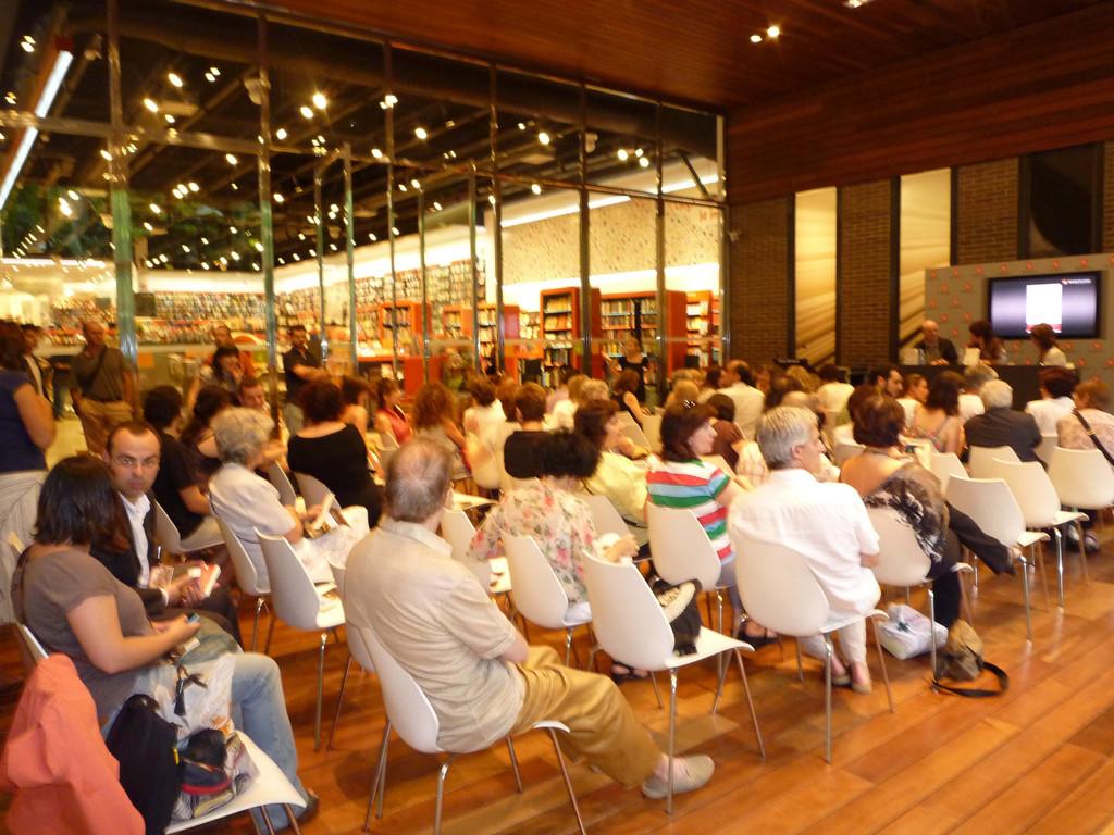 Llibreria Bertrand (Barcelona) - 29 juny 2010
