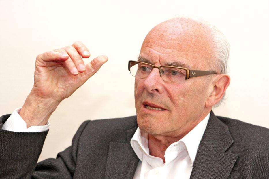 Wurde vom belgischen König in den Adelsstand erhoben: Sprachwissenschaftler Prof. Dr. Julien Baron Klener.