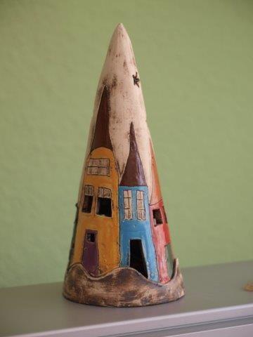 Lichthaus aus Ton