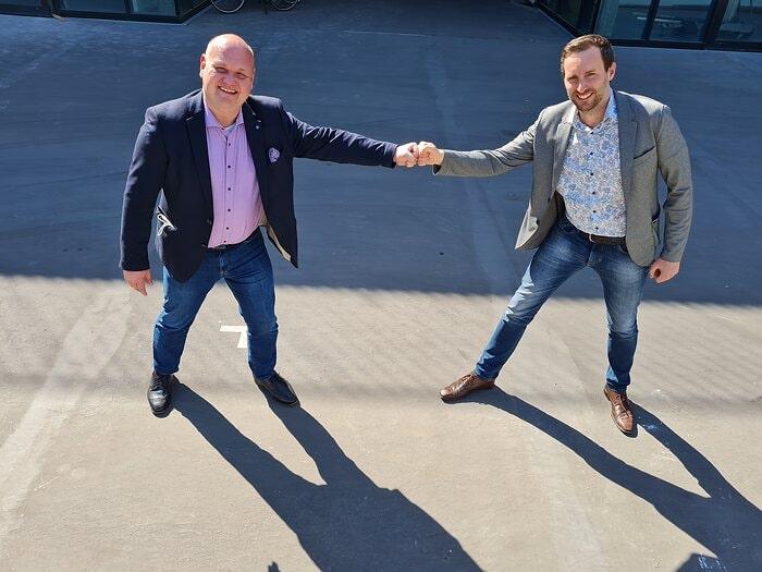 von links: Tim Wegemann, neuer Leiter Fördermittelberatung und Florian Donath, Geschäftsführer Vivax Engineering GmbH