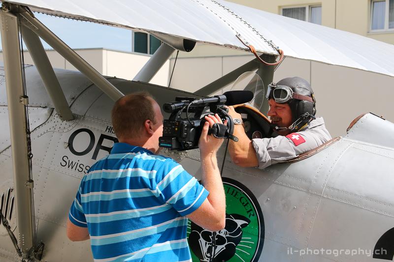 Auch die Medien haben grosses Interesse am Piloten...