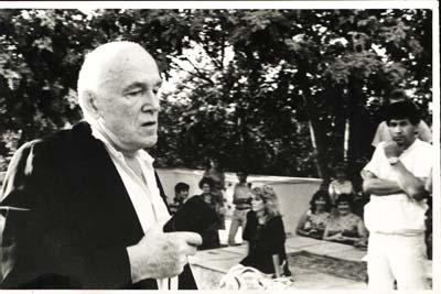 """Рихтер в Ташкенте, 1988 г. Концерт 11/08 состоялся в зале """"Бахор""""."""