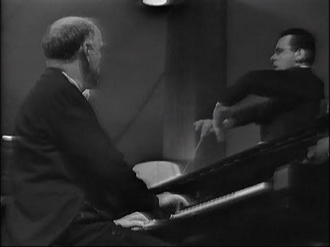 Mozart. Concerto no.9. 3/7/66 - Tours. Cond. Maazel.