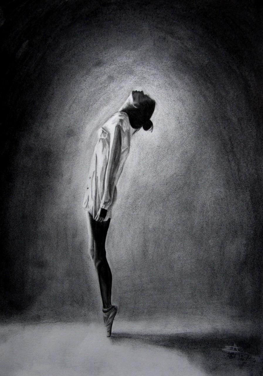 2014 - Danseuse - A3 - Crayon & Fusain