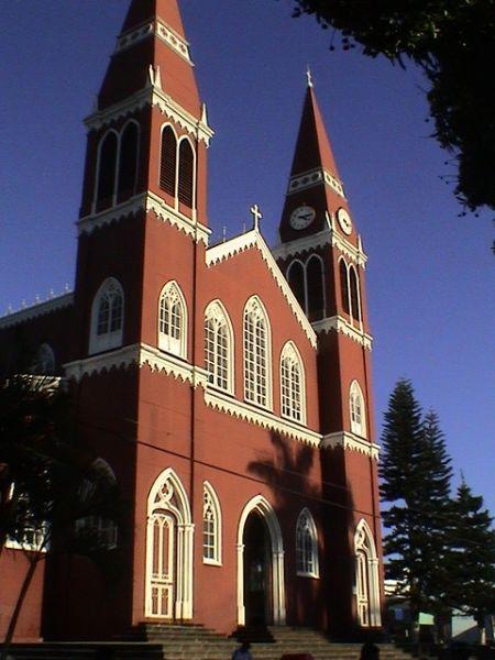 Die Metallkirche in Sarchi