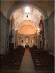 De Pyreneeën kent vele bergdorpjes die allemaal hun eigen kerkje herbergen. De dorpjes zijn stuk voor stuk sfeervol en leuk om te bezoeken.
